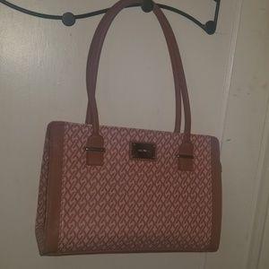 Nine west pink purse nwot